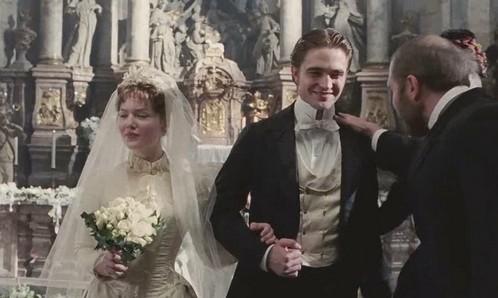 Was at Virginie the wedding?