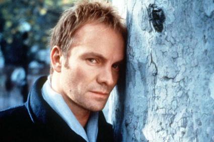 """Sting sang """" _______ Rose"""""""