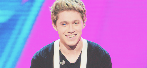 True or false: This is the real twitter of Niall Horan - @NiallOfficial