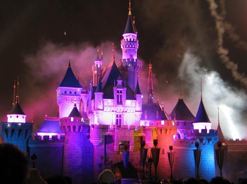 Who's lâu đài is this?