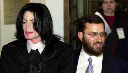 From 1999-2001, Rabbi Schumley Boteach worked alongside Michael as his spiritual advisor