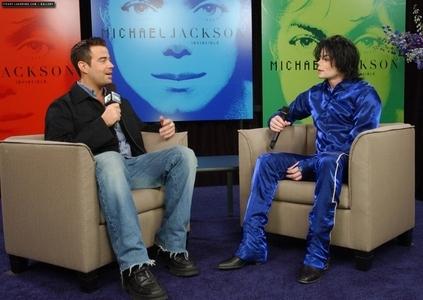 Michael was interviewed por journalist, Carson Drew, on Total Request Live, back in 2001