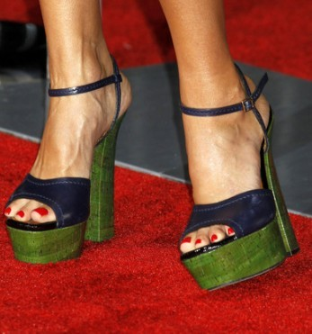 In which movie premire did she wear these shoes?
