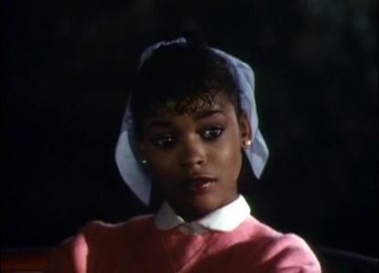 "Ola rayon, ray portrayed Michael's l'amour interest in the 1983 video, ""Thriller"""