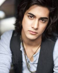 who's avan real life best friend