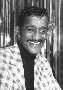 What year did legendary entertainer, Sammy Davis, Jr., pass away
