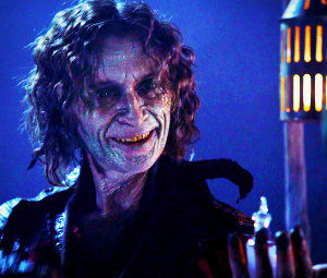 """In 1x10 """"7:15 A.M."""", what does Rumple want from Snow in exchange for the potion that will make her forget Charming?"""