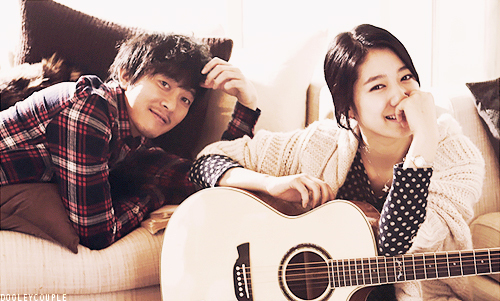 What is judul song produced of park shin hye and yoon gun in musik and lyric?