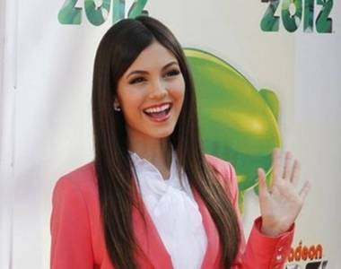 Is Victoria Justice nominated for The Kids Choice Award 2013?