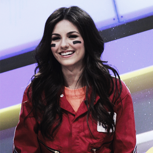 What are Victoria Justice's nicknames?