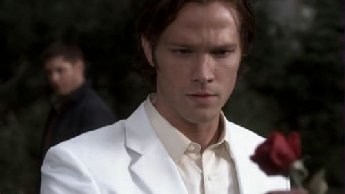 "In 5X4, ""The End"", how does Lucifer (in Sam's meatsuit) kill Future Dean?"
