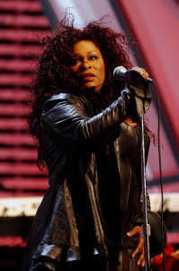 "What ""'70's"" vocal group was Chaka Khan lead vocalist"