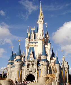 What was the opening date of the Magic Kingdom park in Disney World?