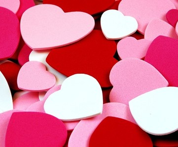 How many hearts are in the Valentine's hari 2013 fanpop cap?