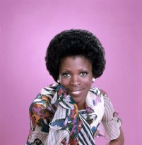 What televisi series did Roxie Roker portray Helen Willis
