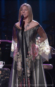 "Who portrayed Barbra Streisand's love interest in the 1983 film, ""Yentyl"""