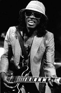 "Who is this legendary ""'70's"" R&B singer"