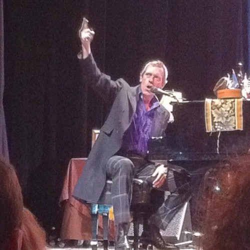 Hugh Laurie- konsiyerto The Grand Ballroom at Manhattan Center Studios 10.09.2012