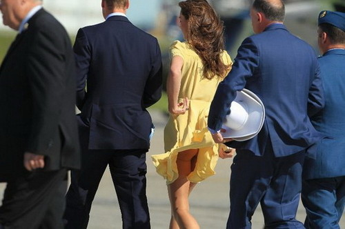 Kate Middleton posing as Marilyn Monroe