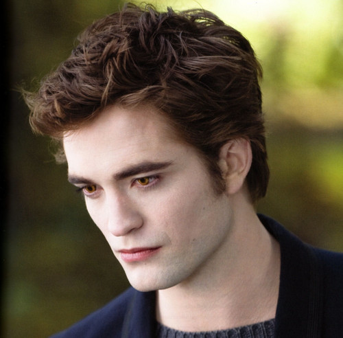 Robert as Edward