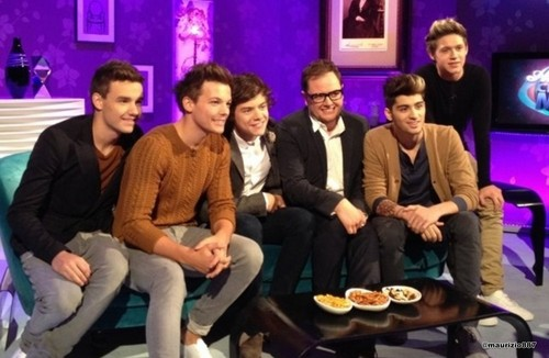 one direction,Alan Carr Chatty Man 表示する 2012