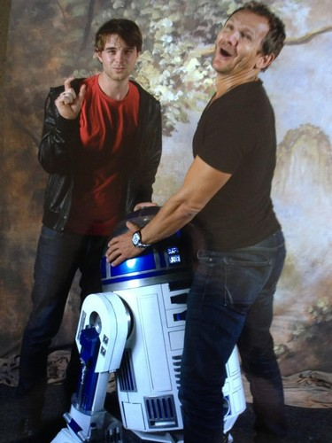 Nate Buzolic and Sebastian Roché at Armageddon convention