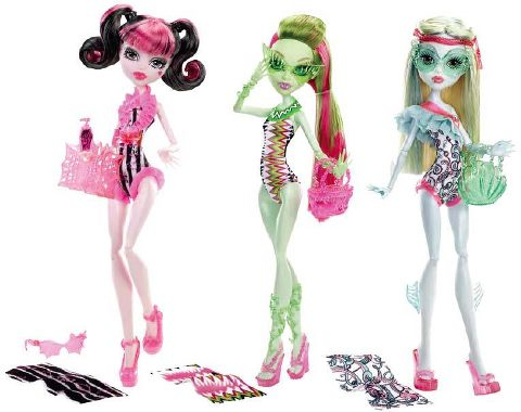 Swimming dolls, Draculaura, Venus and Lagoona