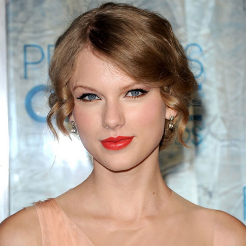Taylor nhanh, swift Makeup looks