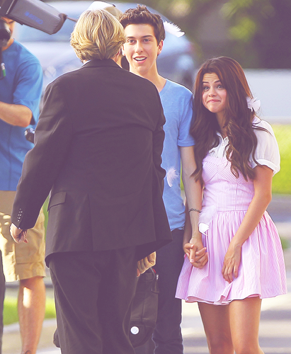 Nat Wolff/Selly Gomez ' Parental Guidance Suggested ' NEW PICS!