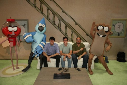 Benson,Mordecai and Rigby with the show creator J.G.Q and William Salyers,Sam Marin