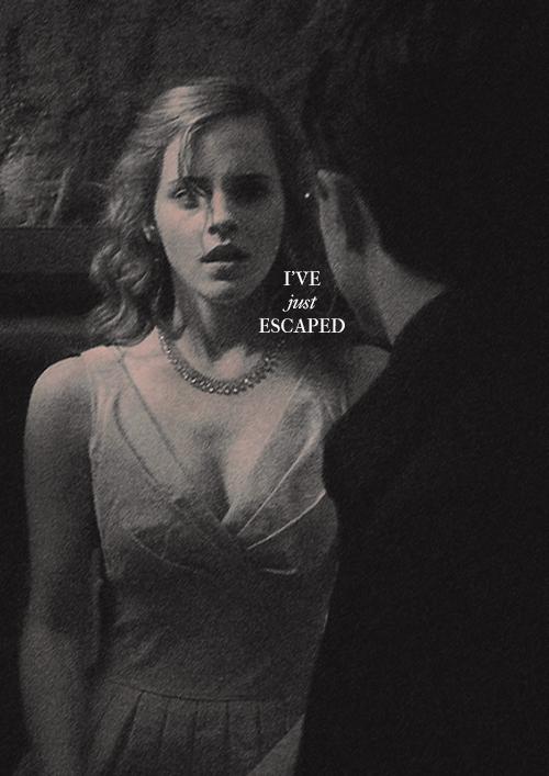 https://images6.fanpop.com/image/photos/32800000/Hermione-Granger-hermione-granger-32849694-500-707.jpg