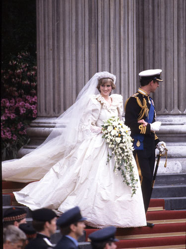 Diana On Her Wedding 日 Back In 1981