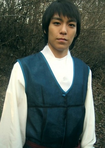 TOP wearing a hanbok