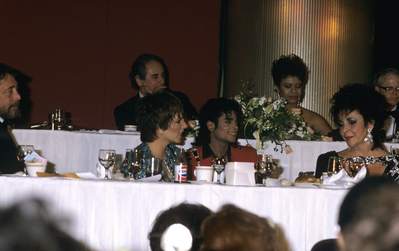 1988 Awards ディナー Held In Michael's Honor