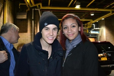 Justin With Fans Random