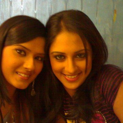 jeevika & aarti from punarvivaah