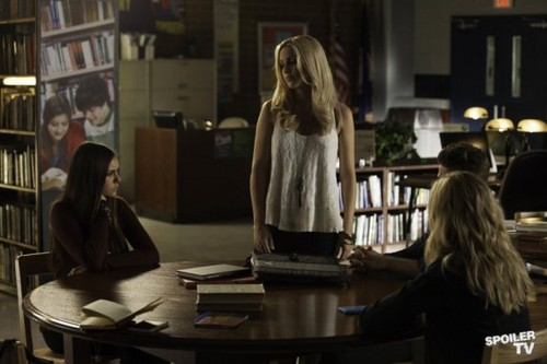 The Vampire Diaries - Episode 4.10 - After School Special - Promotional تصاویر