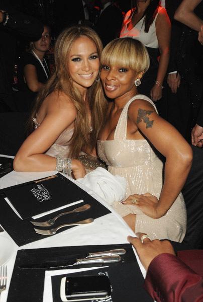 Mary-J-Blige-Jennifer-Lopez-2010-jennife