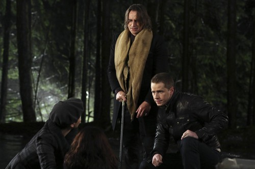 Mr. Gold- 2x12- In the Name of the Brother- Promo Photo