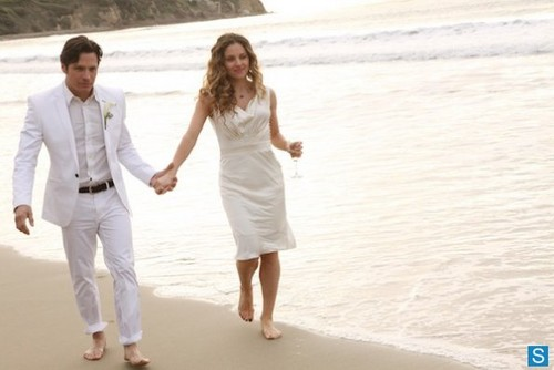 Revenge - Episode 2.13 - Union - Promotional Photos [Wedding Album]