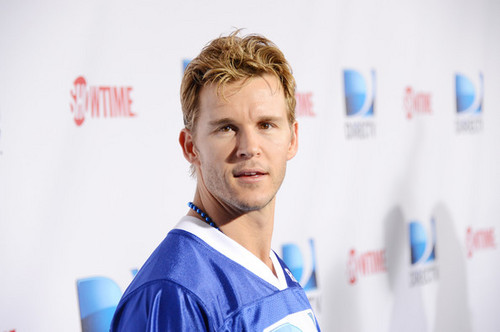 DIRECTV'S Seventh Annual Celebrity tabing-dagat Bowl - Arrivals