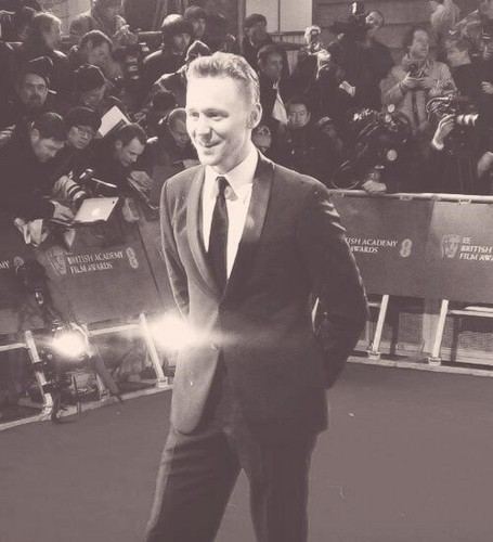 Tom Hiddleston at the 2013 EE BAFTA Awards