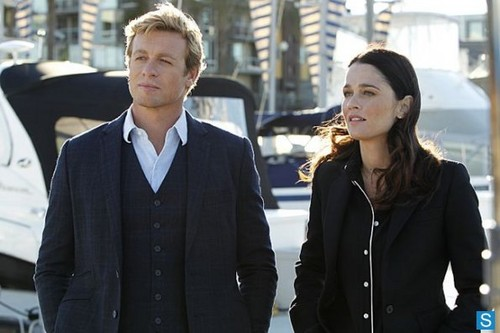 The Mentalist - Episode 5.15 - Red Lacquer Nail Polish - Promotional foto's