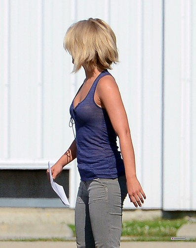 "On set of ""Safe Haven"" 10/07/2012"