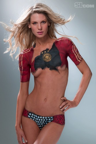 Sarah Brandner in Bodypaint: 2010 Issue