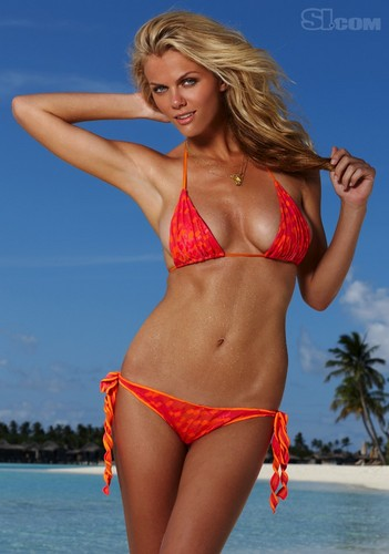 Brooklyn Decker: 2010 Issue