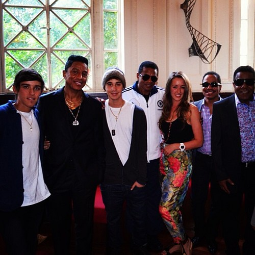 the jacksons with the janoskians boys beau brooks and jai brooks and estelle landy from big brother