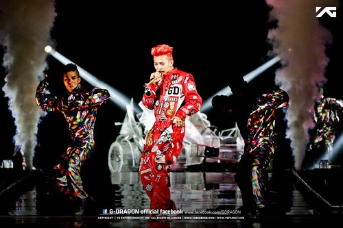 2013 1st WORLD TOUR G-DRAGON [ONE OF A KIND] concert in Fukuoka, Japon (April 6th, 2013)