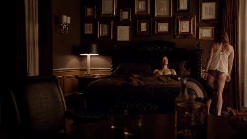 Klaus' bedroom + Amore letters on the bacheca