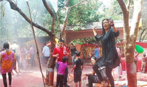 Holi Celebration on Madhubala Set